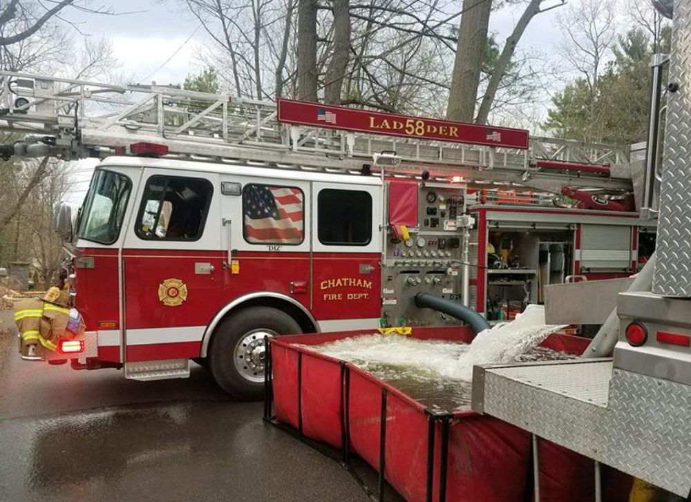 Chatham NY Fire Department 75 Foot Aerial Ladder 58-51